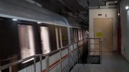 【广州地铁18号线】广州地铁22号线D2型电客车(22x007-008)冼村站下行出站切割存车线、正线