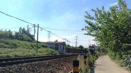 客车T237采石站接近(宋山弯道)
