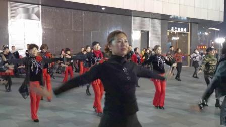 火凤凰舞蹈队(南京河西万达广场排练片段)手机视频