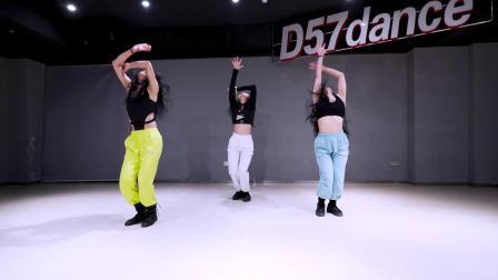 【D57舞蹈工作室】队员展示 咸咸编舞《READY FOR IT》