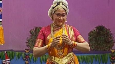 印度古典舞大师Padma Subrahmanyam的一段婆罗多舞