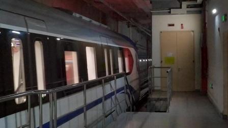 【广州地铁18号线】广州地铁18号线D1型电客车(18x041-042)冼村站上行进站