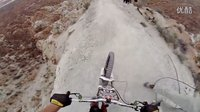 酷视频『自行车速降』超震撼,向勇敢者致敬!