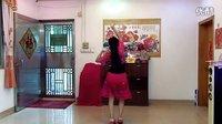 琼花业余舞集自拍最新改版:广场舞荷塘月色背面演示舞步欢快柔美!