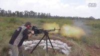 老外试射国产W85重机枪