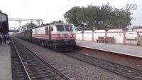 印度火车列车集锦(有飙车片段)