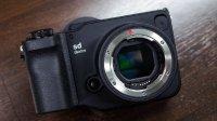 适马全新无反相机sd Quattro极速上手视频&制作工艺探秘!
