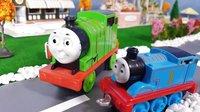 托马斯和他的朋友们:小托马斯找爸爸 超级飞侠 托马斯小火车 培西 詹姆士 功夫熊猫 儿童玩具