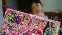 亲子过家家玩具02 芭比娃娃梦幻衣橱玩具女孩过家家娃娃生日礼物礼盒 开心时刻与玩具介绍 2016小猪佩奇与芭比娃娃的游乐场 亲子游戏芭比娃娃穿衣服拆箱神秘礼物