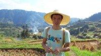 农村小伙拍视频为农民工代言,王健林马云都敬畏三分