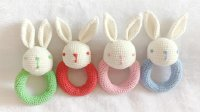 【小脚丫】小兔小熊摇铃(小兔)毛线钩法毛线玩具的钩法小兔摇铃小熊摇铃学钩玩偶