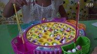 亲子游戏电动钓鱼玩具健达奇趣蛋过家家玩具