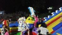亲子娱乐《儿童乐园游乐场22》充气城堡溜滑梯 全民健身广场舞小猪佩奇玩具2017