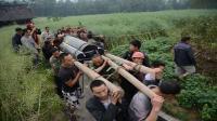 中国一能人, 上得了天庭下得了地府, 死后, 7个城门抬出21口棺材