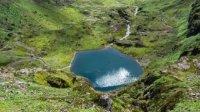 每年只有80人去的云南小山村,却独占了9个漂亮的湖和一座神山!