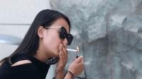 """宁夏龙凌波: 宣扬""""吸烟""""有害健康, 十三妹和龙哥亲自上阵主演"""