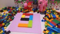小猪佩奇小马宝莉玩积木识字数字9猪猪侠和葫芦娃一起玩积木识字学数字9
