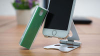 手机屏幕上的指纹怎样清除最有效?苹果店的员工都用这个方法