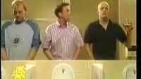 看老外在厕所是怎么抽烟的(转载)