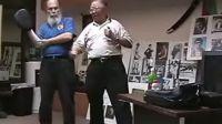 李恺师傅亲身示范力量控制训练对技术提升的帮助