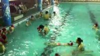 20120706学游泳第六天-蹬壁滑行加蛙泳腿抱膝漂浮