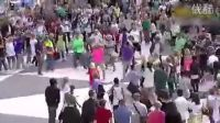 【崇敬的顺】迈克尔杰克逊歌曲无处不在,千人齐跳迈克舞的瞬间