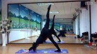 刘珍 孕妇瑜伽(孕5月)会员背面示范