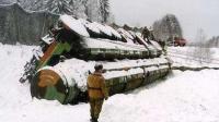 火车出轨,战略导弹翻车,俄罗斯为何频频发生低级事故?
