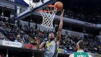 【NBA热点】赛迪斯-杨职业生涯常规赛总出场数达到900场