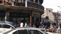 武汉最牛小吃店,汇集当地30多种名小吃,价格实惠!顾客挤满屋