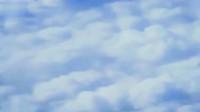 飞机上拍到的云层中神秘的画面,云中好像有什么东西,那是什么?