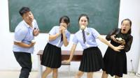 学生为吃老师的甜瓜卖力表演,没想一个比一个表演的精彩,太逗了