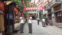 萨克斯《望春风》@连云港老街的一对双胞胎
