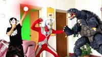 闯关族M78:外星人跑到民宅!小伙拿奥特曼玩具变成泰罗!赛文奥特曼日常