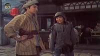 两小伙子四川话吵架,你卖报我也卖报,都是卖报童,为啥要干架?