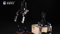 傲鲨智能新一代外骨骼机器人新鲜出品,赋能全领域场景!