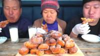 韩国农村家庭的一顿饭,试吃自制奶香大麻花,外酥里嫩太香了!