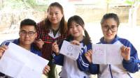 田田的快乐童年趣事:如花老师让同学们画1元硬币,没想田田直接描了出来,真聪明