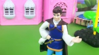 白马王子连忙解释,白雪在气头上,他说的话怎么也听不进去