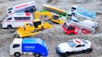 警车救护车工程车玩具滑滑坡