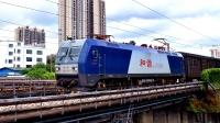 广铁龙段HXD1C-0589牵引货车42041通过广深线车陂涌