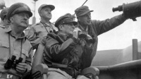 1950年底,麦克阿瑟从朝鲜发回的一封急电,令美国政府慌了神