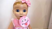 玩具宝宝嘴馋偷吃萌娃小可爱们的棒棒糖