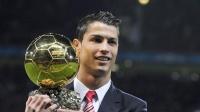 从少年到世界最佳足球先生,勤奋男孩的故事,不得不让人感动!