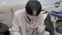 [BANGTAN BOMB] What's Written on Jin and Jung Kook's stuff? - BTS (防弹少年团)