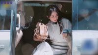 冯绍峰到底多有钱?当镜头一扫而过赵丽颖的手提包时,果然贫穷限制想象!