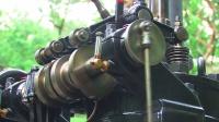启动1913年的老发动机,好慢的怠速,感觉随时都会熄火