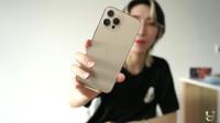 iPhone12proMax首发开箱!真的是太大了!但是金色真香!