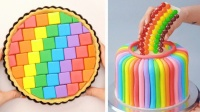 炫彩的蛋糕,如童话般梦幻,生活充满惊喜