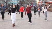 劲爆广场舞《因为你不懂》,简单时尚的舞步,一起来放松心情